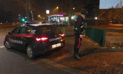 Inseguimento a piedi per le vie della città, arrestato spacciatore