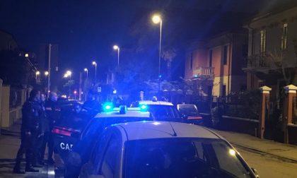 Srilankese sale su un bus e finge di avere una bomba paura a Verona