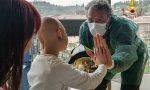 I vigili del fuoco fanno visita ai bambini ricoverati a Borgo Trento VIDEO e IMMAGINI