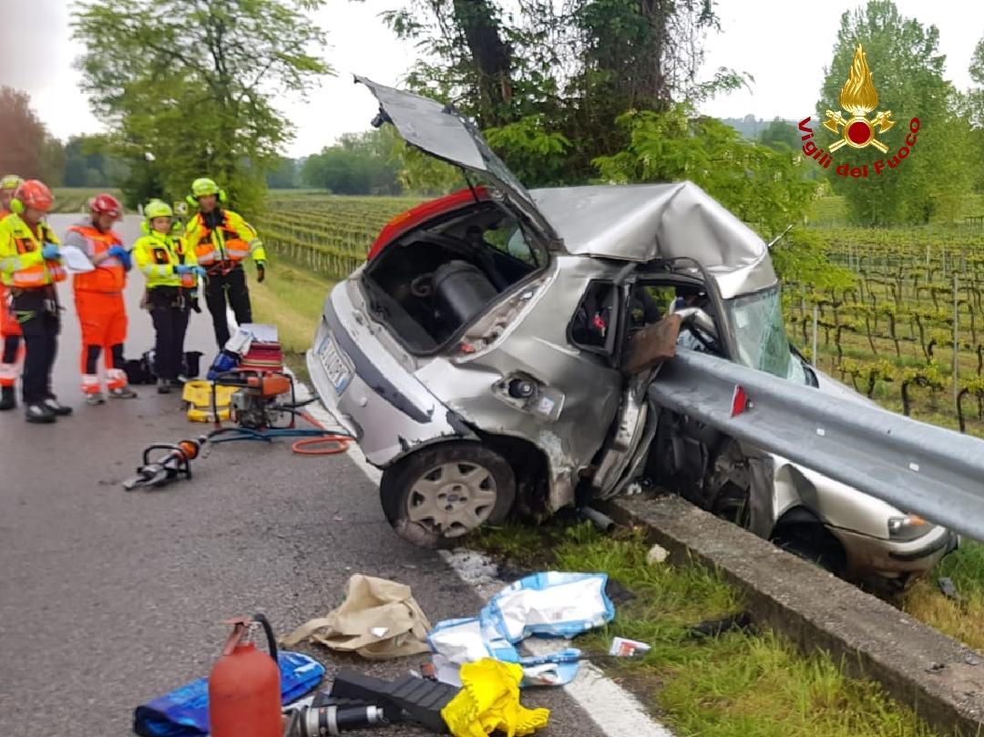 Tragedia a Valeggio incidente mortale deceduto un giovane