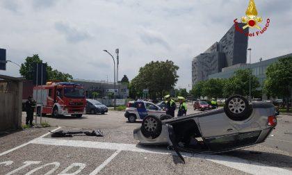 Incidente in via Francia ecco le FOTO