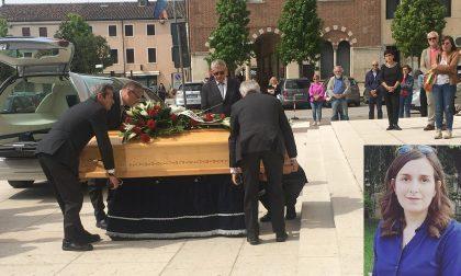 Minerbe piange Sara Fratucello folla e commozione al funerale