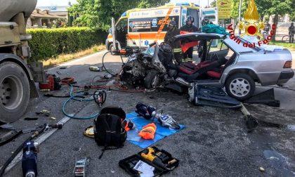 Auto contro camion a Mozzecane atterra l'elisoccorso