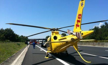 Incidente tra auto e tre mezzi pesanti in Transpolesana