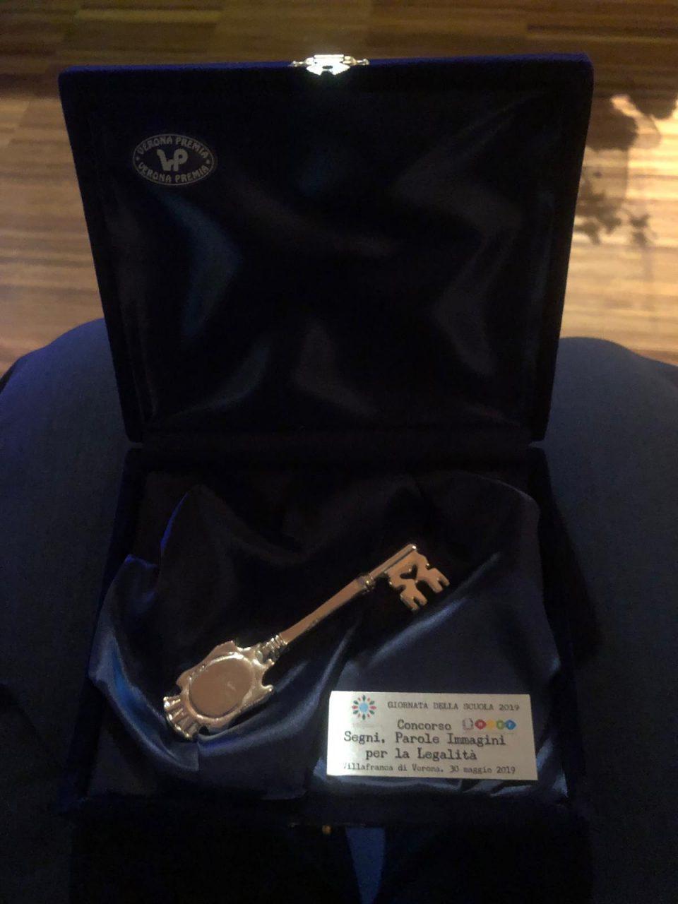 3°Stormo premiato con la Chiave d'Argento per le attività rivolte ai giovani
