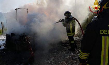 A fuoco un trattore a Trezzolano
