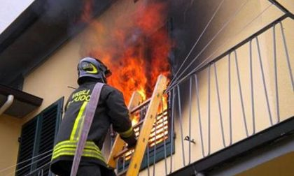 Incendio nella notte a Villafranca, un ricovero
