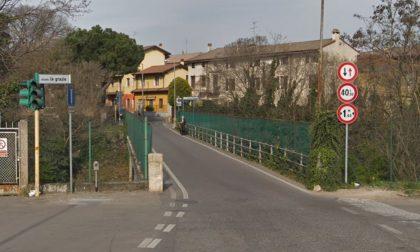Borgo Roma, chiuso il ponte sul canale Giuliari