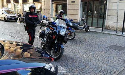 Tenta di borseggiare un turista a Verona arrestata dai Carabinieri
