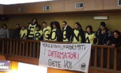 Femministe di Non Una di Meno contro Bacciga, consiglio comunale sospeso