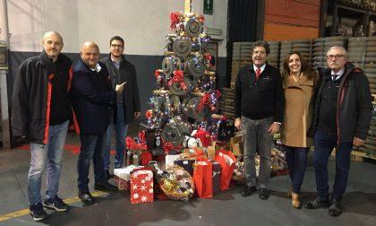 Accensione dell'albero di Natale fatto con dischi freno in ghisa all'ex Ferroli