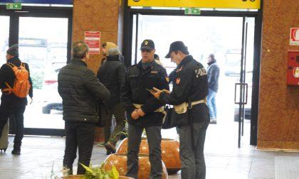 Arrestato in stazione con un etto di cocaina