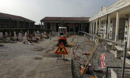 Abbattimento delle barriere architettoniche, riprendono i lavori al cimitero