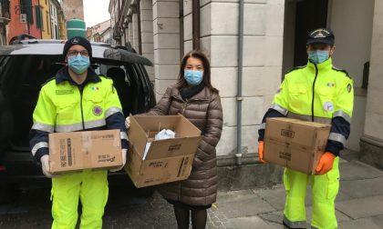 Dalla città di Xi'an 400 mascherine e 58 flaconi di liquido igienizzante