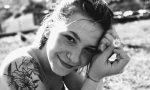 Si è spento il sorriso di Silvia, la 19enne che si era tuffata nel lago a Peschiera del Garda
