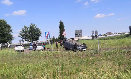 Incidente sulla 434, auto capovolta poco dopo l'uscita Zevio