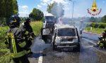 Tragedia a Sona: l'auto prende fuoco dopo lo scontro con l'autocarro, 60enne muore carbonizzata
