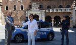 Una nuova vettura alla Polizia di Stato per la mobilità elettrica in città