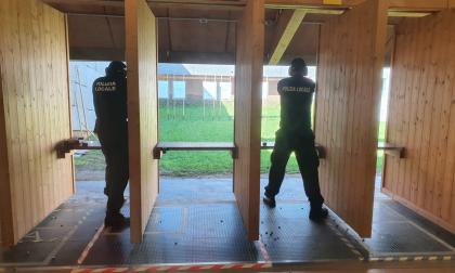 """Neo agenti della Polizia Locale al poligono per l'ultima prova, Polato: """"Investire sulla sicurezza"""""""