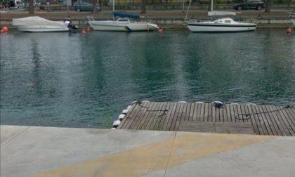 Tragedia a Peschiera del Garda: si tuffa nel lago ma viene colto da un malore, morto 28enne