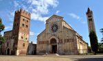 Installare una cancellata scorrevole per delimitare il sagrato, la proposta dell'abate di San Zeno fa discutere