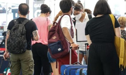 Quasi 7.500 tamponi ai viaggiatori da Ferragosto, 542 con adesione volontaria dalla Sardegna
