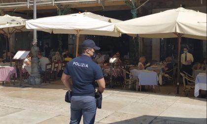 """Il """"Caffè ai Lamberti"""" non rispetta l'orario di chiusura: 7000 euro di multa"""