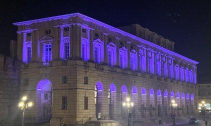 Giornata mondiale della prematurità, la Gran Guardia si illumina di viola
