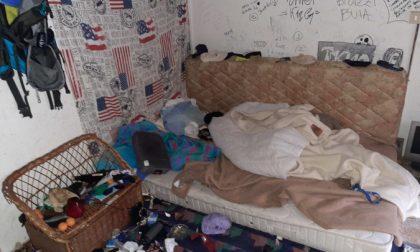 Scoperto un mini appartamento abusivo nell'edificio abbandonato di Via Basso Acquar