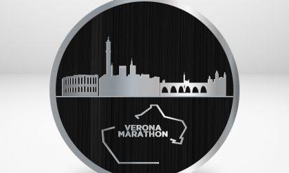 Verona Marathon ha coniato una medaglia inedita per l'edizione speciale con Runclusive