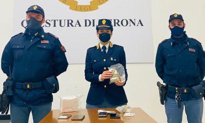 """Spacciavano droga indisturbati dalla stanza dell'hotel a Verona, traditi dallo """"strano odore"""""""