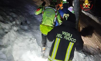 Monte Baldo, perdono l'orientamento e il sentiero: tre escursionisti salvati dai Vigili del fuoco – FOTO