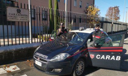 Tenta la fuga dopo aver rubato scarpe ed indumenti a Castelnuovo del Garda