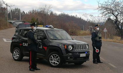 Evade dai domiciliari per andare a pagare le bollette: stalker arrestato