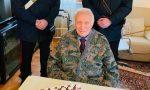 Il Carabiniere in congedo Igino Facchetti compie 101 anni, i colleghi festeggiano con lui