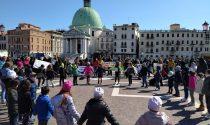 In centinaia in centro in tutte le città del Veneto per chiedere di riaprire le scuole