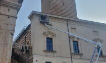 Caduta frammenti Piazza Erbe: cantiere straordinario sul tetto della Galleria d'Arte Moderna