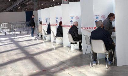 Attività regolare al centro vaccini in Fiera anche durante il Giro d'Italia