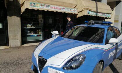 """Buoni pasto """"illeggibili"""", violenta lite nel negozio alimentari in zona stadio: chiuso per 5 giorni"""