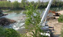 Pulizia straordinaria sotto al Ponte Rumor: rimossi 500 quintali di tronchi e ramaglie