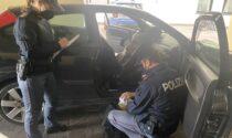 Violano il coprifuoco con la cocaina nascosta nell'auto: in manette due pregiudicati