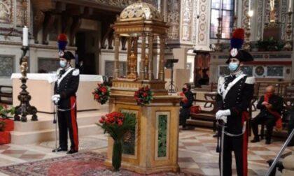 Dal veronese a Mantova in chiesa per rubare (ancora) le monetine: un fedele lancia l'allarme