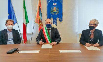 Protocollo d'intesa tra Castelnuovo e Collegio Geometri per la scansione degli atti cartacei