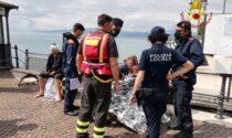 Attimi di paura a Lazise: 3 adulti e un bambino finiscono nel Lago di Garda durante la navigazione