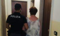 Anziana esce di casa ma non trova la strada per tornare, ritrovata da un poliziotto