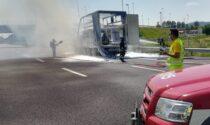 Camion in fiamme sull'A4: padre e figlio veronesi miracolati