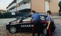 """Fermo """"caliente"""" a San Bonifacio: studente si spoglia davanti ai Carabinieri (e alla madre)"""