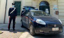 Minaccia i Carabinieri durante un controllo a Bovolone e li aggredisce con calci e pugni