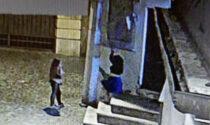 """Vogliono diventare virali su TikTok, passeggiano """"nude"""" sul Ponte di Bassano: una vive a Verona"""