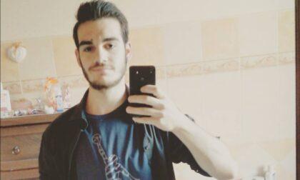 Tragedia sulla strada La Rizza: Vigasio in lutto per la morte del 22enne Nicola Perina
